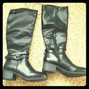 Black Rampage Boots